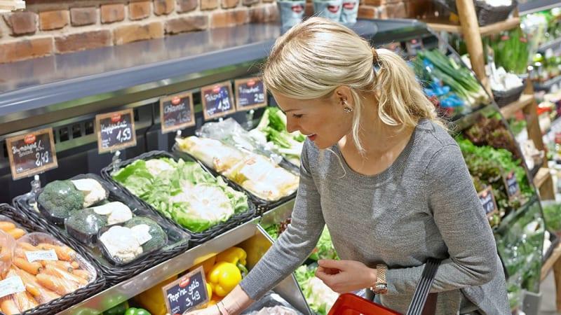 woman-hypermarket-fresh-vegetables