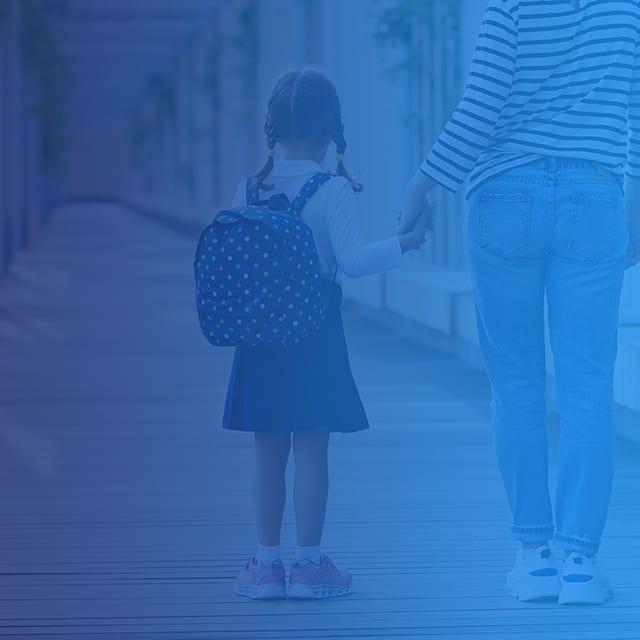 carrier-child-parent-at-school-mobile