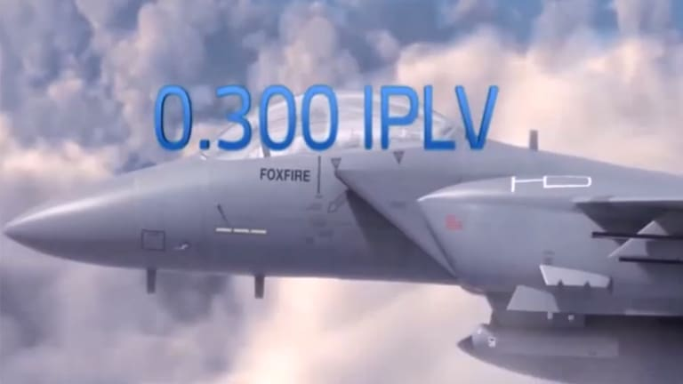 carrier-23xrv-iplv-jet-in-clouds