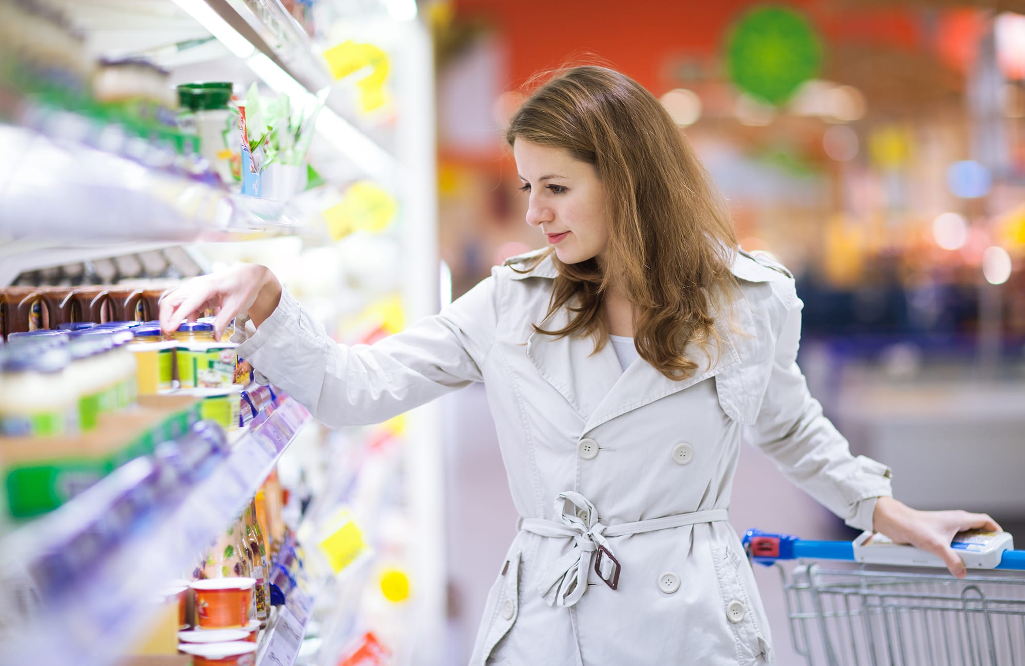 woman-carrier-refrigerated-display-case-hypermarket
