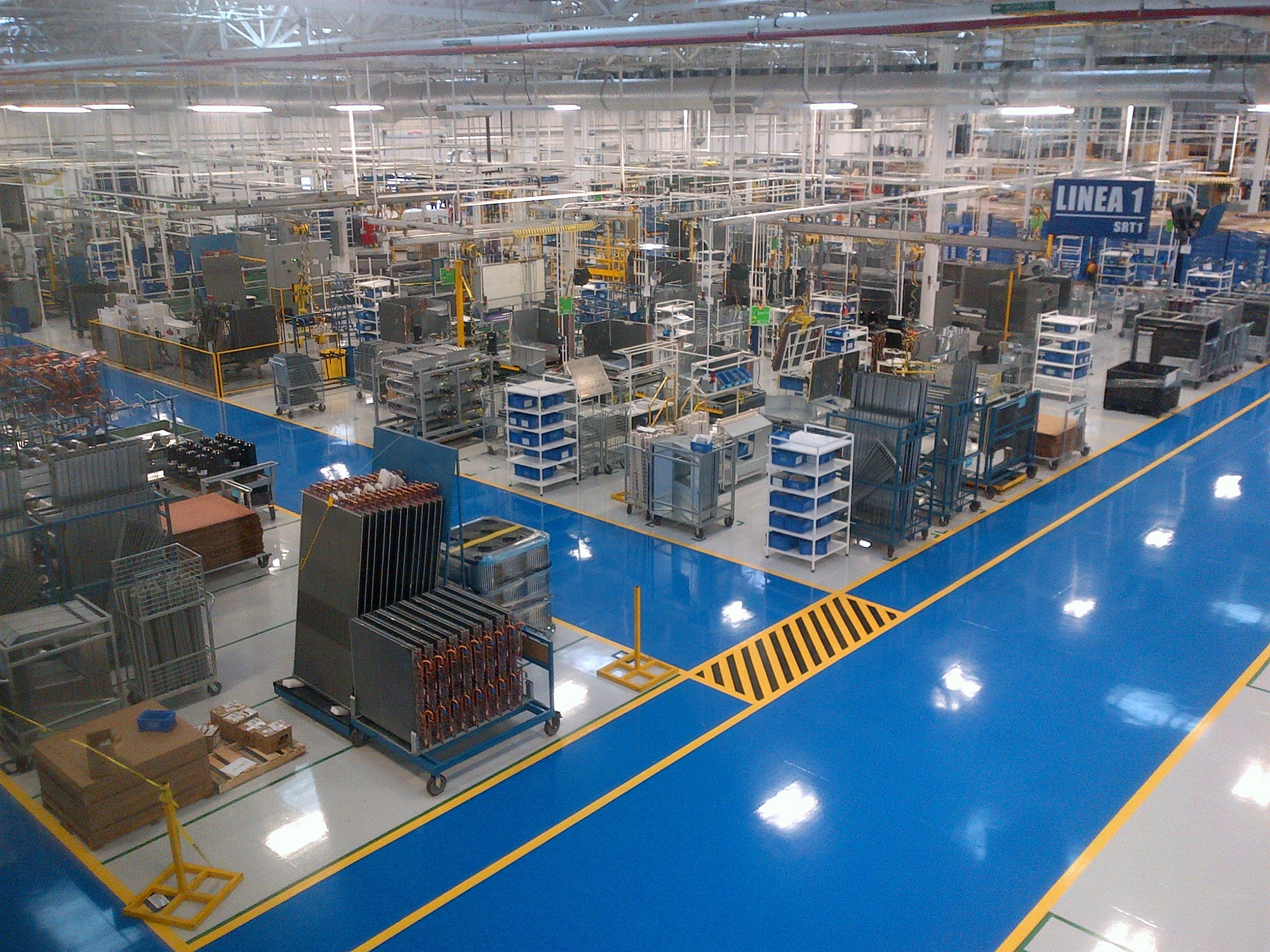 carrier-leed-certified-factory-mexico-interior